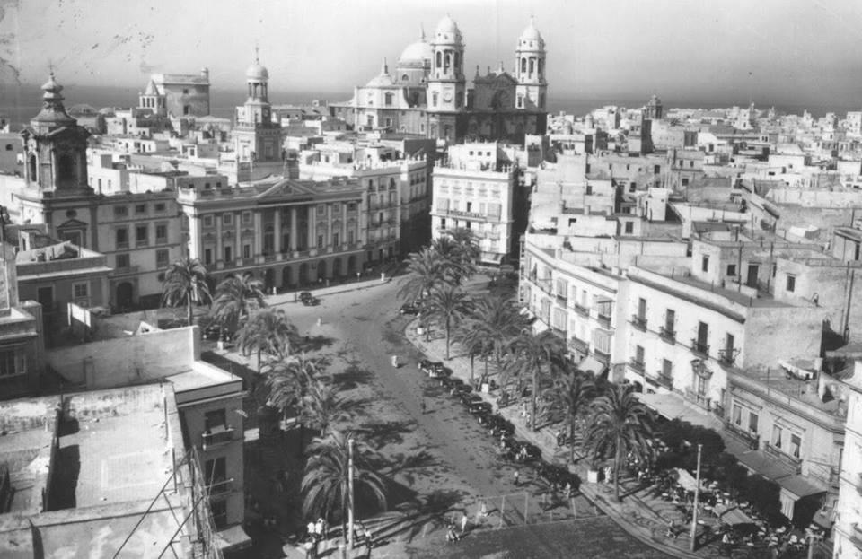 San-Juan-de-Dios-desde-El-Fénix.-Sobre-los-50.-fotos-antiguas-de-cadiz
