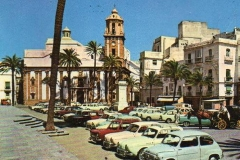 Cuando-la-plaza-de-La-Catedral-era-un-aparcamiento.-Años-60-fotos-antiguas-de-cadiz